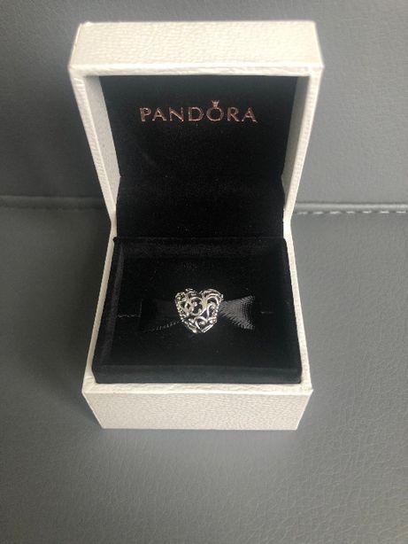 Продам шарм Pandora