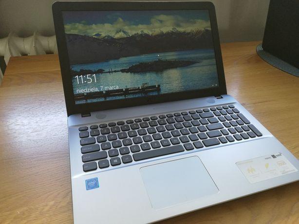 Laptop ASUS VivoBook Max R541N