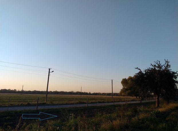 Продається земельна ділянка в мальовничому селі кохання над Дністром:)