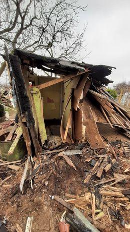 Drewno z rozbiórki domku rod