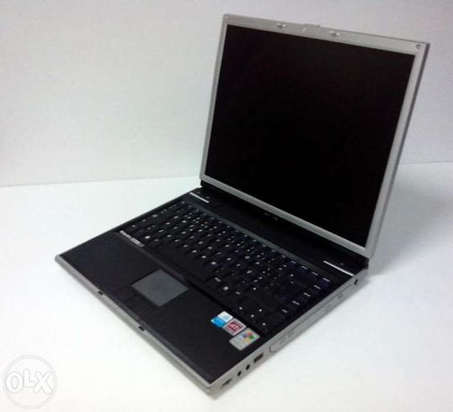 Portátil Clasus more c-400 com Windows XP