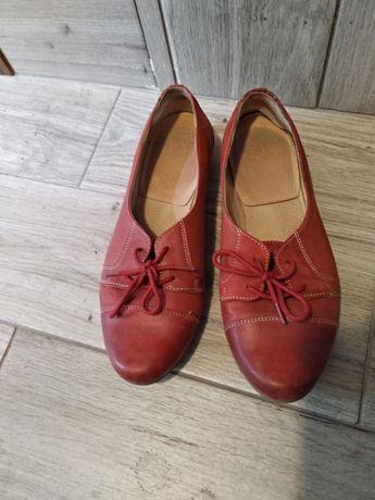 Buty Lasocki skórzane czerwone