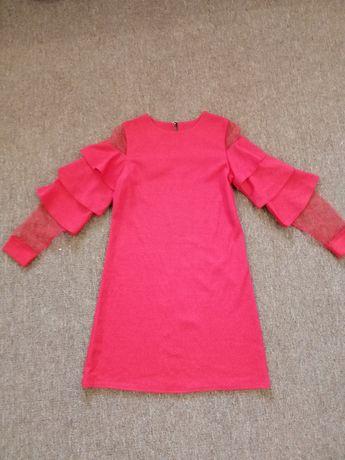 Платье для девочки рост 140 см.