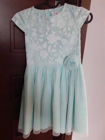 Sukienka rozm. 134