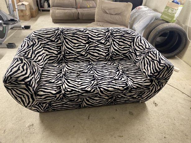 Диван зебра
