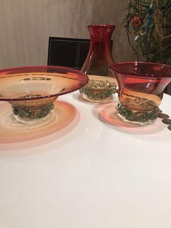 Богемское цветное стекло , вазы, пепельницы, корзинка.Чехия