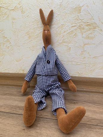 Классный зайка в пижамке
