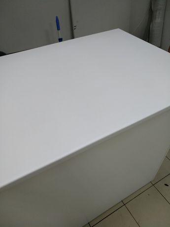 Белая столешница из ДСП 133*75*3см, кромки 2U