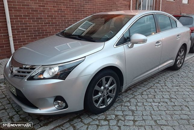 Toyota Avensis SD 2.0 D-4D Exclusive