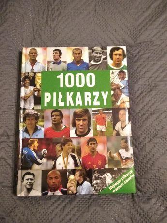 Książka album w twardej oprawie 1000 Piłkarzy