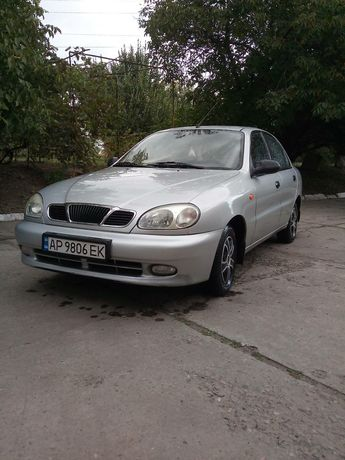Автомобиль Ланос