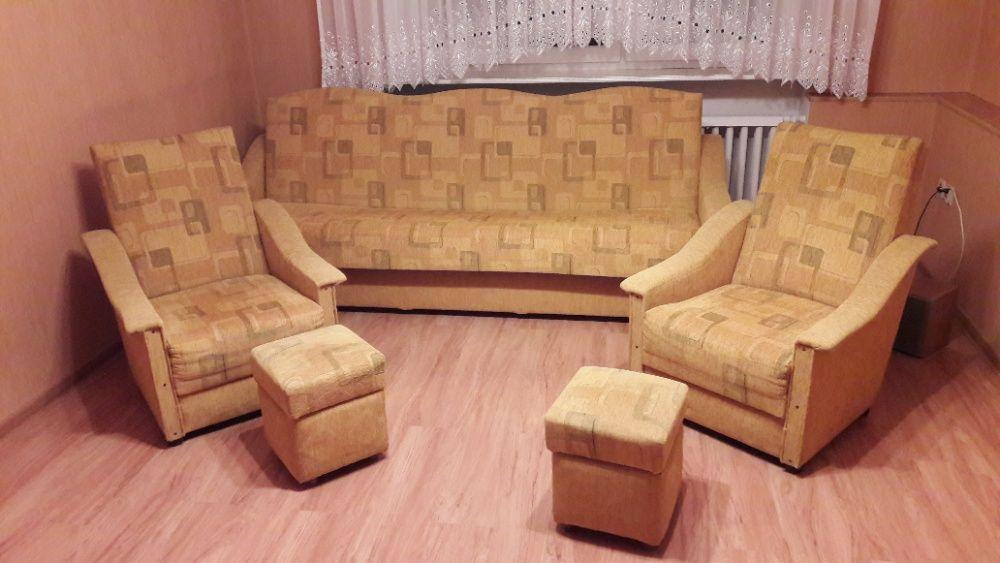 Kanapa , 2 fotele plus pufy !!! Pamiątkowo - image 1