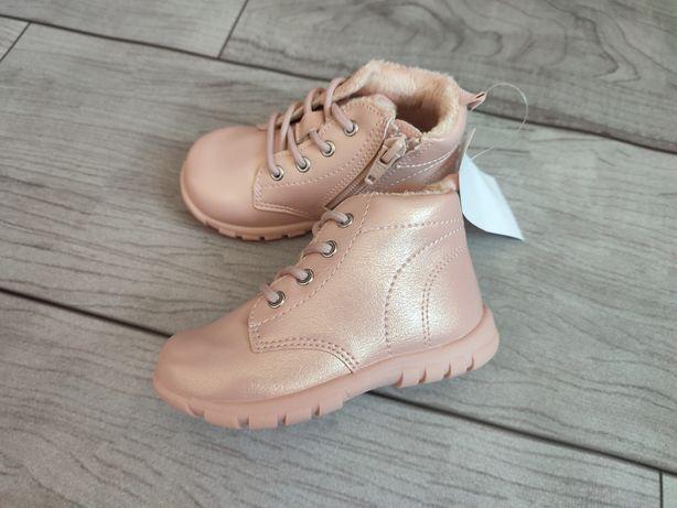 Сапожки, хайтопы, ботинки, сапоги H&M, ZARA p. 22, 23, 24