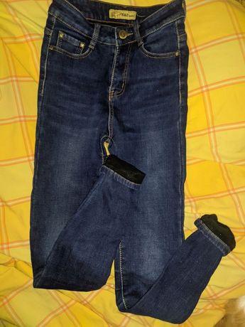 Джинсы, брюки, штаны, джинсовый костюм, вязаный костюм