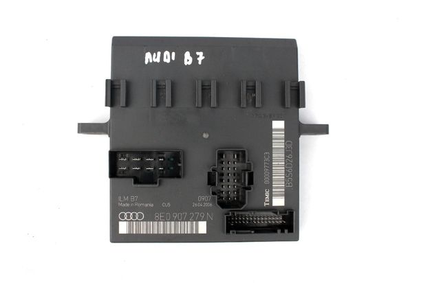 AUDI A4 B7 moduł sterowania świateł