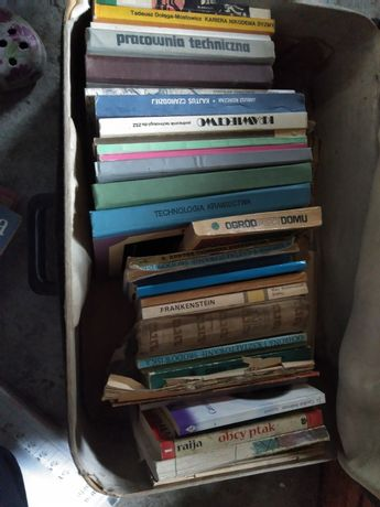 Książki krawieckie i nie tylko