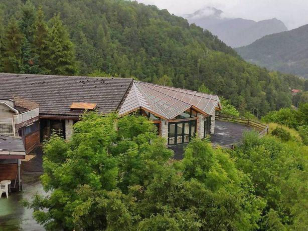 Прекрасный отель у подножия Альп