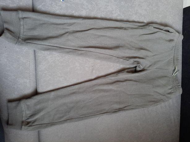 Spodnie chłopięce 140cm