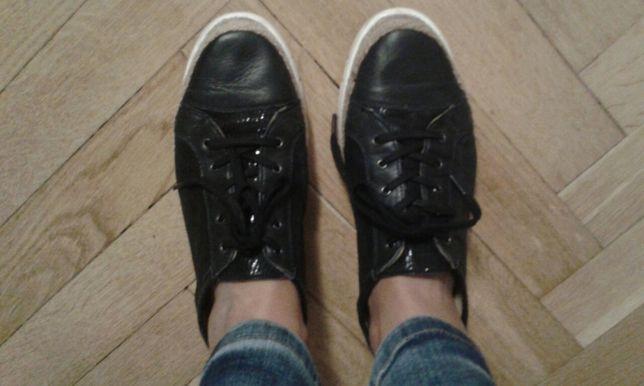 Buty skórzane Lasocki 40