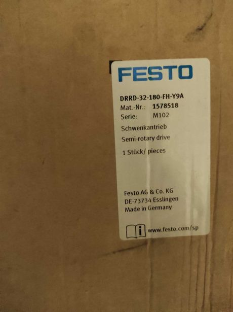 Siłownik obrotowy FESTO Drrrd-32-180-fh-y9a