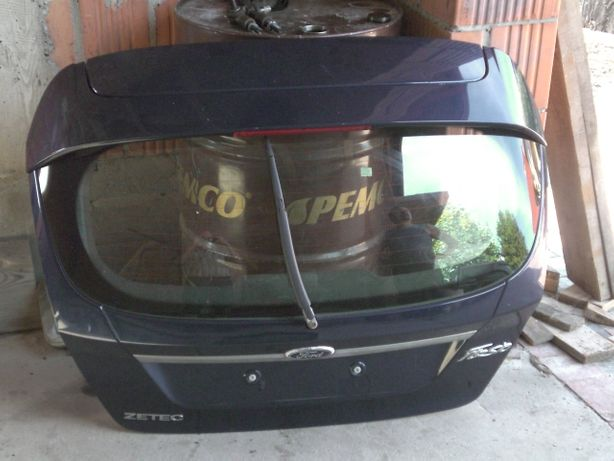 Ford Fiesta MK7 Klapa Tyl kpl. demontaz.