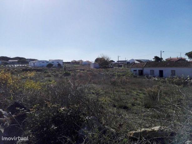 Terreno urbano com 4500mt em Chilreira zona do Magoito pe...