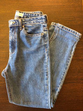 Vendo Mom jeans NOVAS