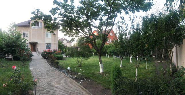 Продам просторный дом на 15 сотках в престижном поселке Совиньон-1! (А