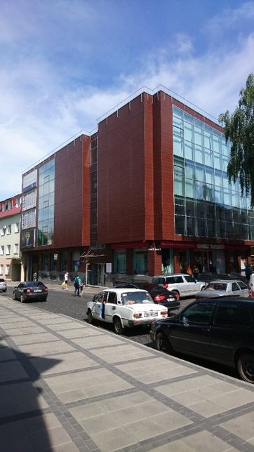 Оренда комерційної нерухомості , центр міста Луцьк, вул. Кривий Вал 31