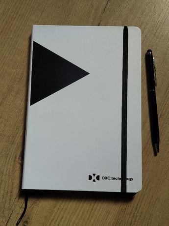Caderno Liso A5 de Capa Rigida Novo