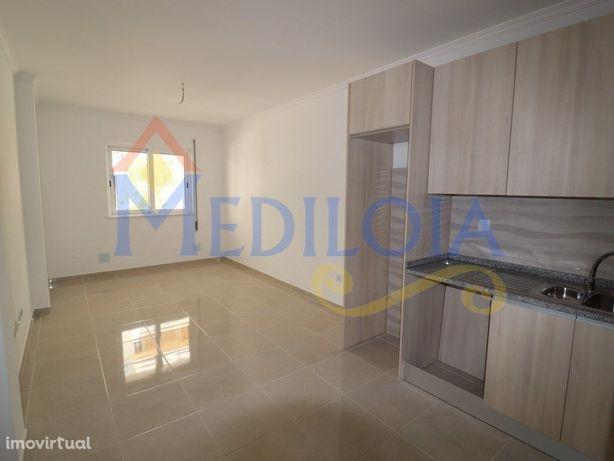 Apartamento T1+1 em Monte Gordo