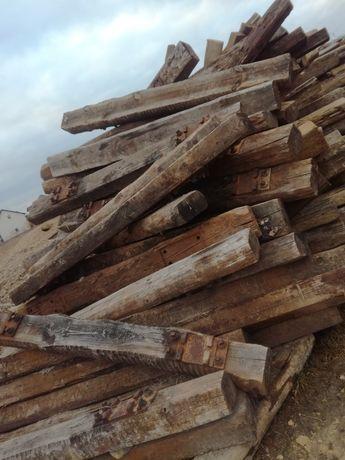Drewniane belki , palisady, podkłady