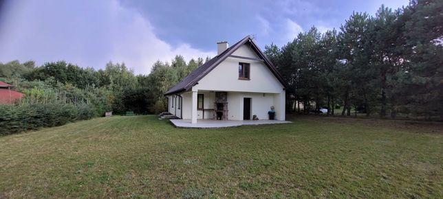 Dom całoroczny nad jeziorem