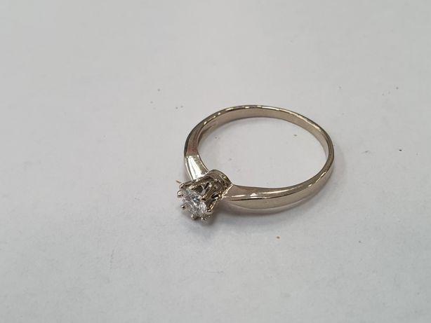 Apart! Piękny złoty pierścionek/ 585/ 0.23 CT! R12/ Białe złoto/ Ideał