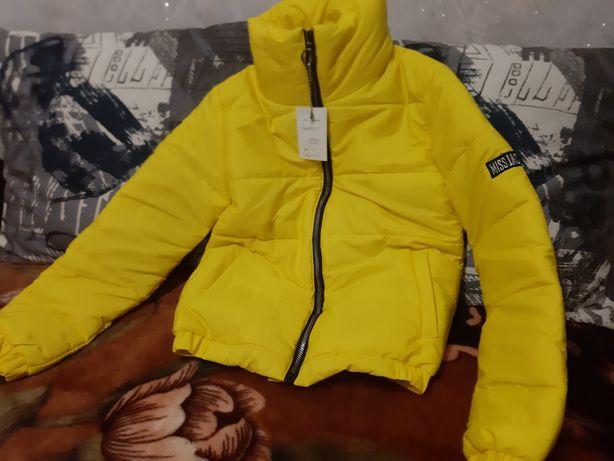 Продам куртку стильную новую, с биркой! 42 размер - зима