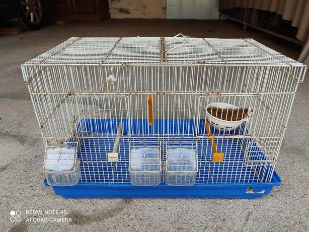Casota/Viveiro para pássaros retangular