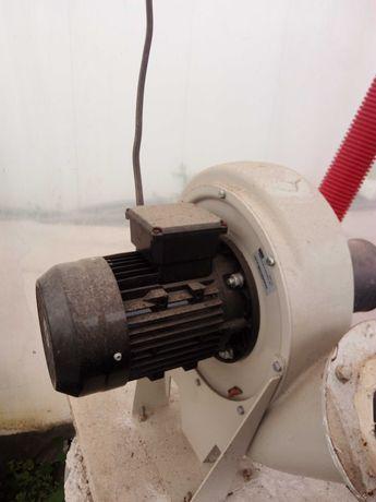 Ventilador extrator indústrial