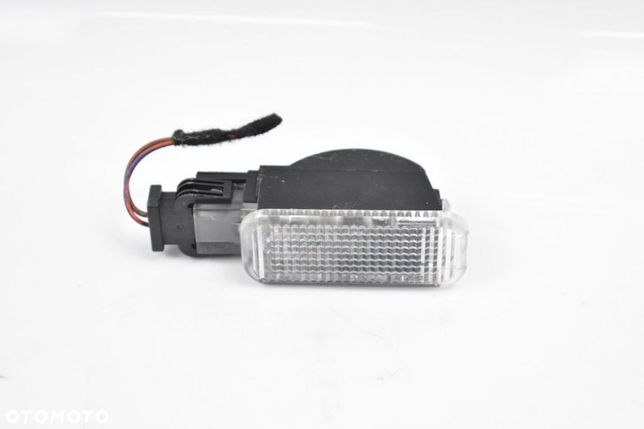 Lampka Led Wnętrza Kabinowa 8U0947415 Audi Q3 8U