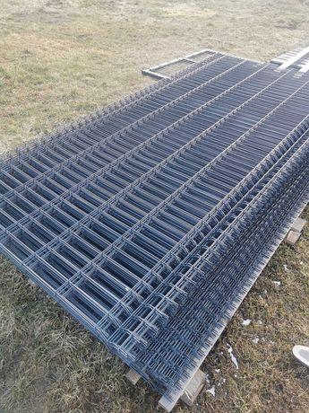 Panel ogrodzeniowy 123 cm. . Ogrodzenie panelowe, podmurówka