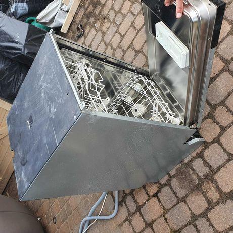 Zmywarka firmy SMEG, 45 cm, do zabudowy, Uszkodzona
