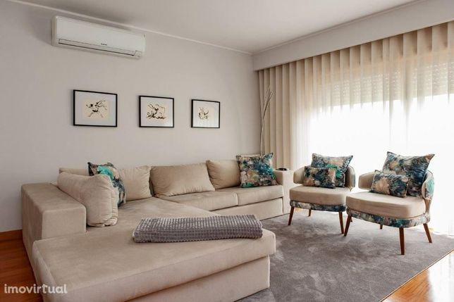 Apartamento T3 com Varanda Centro de Ermesinde - Valongo