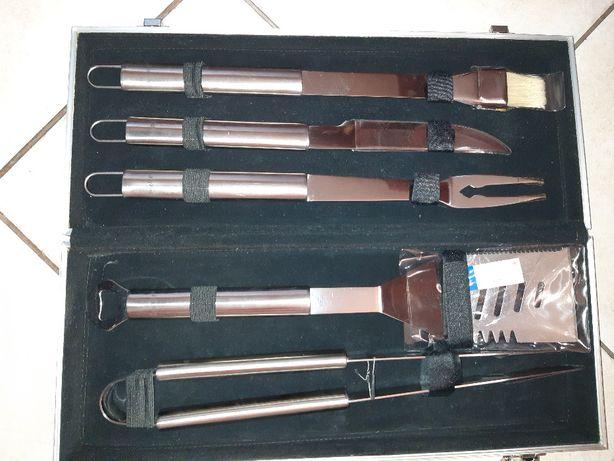Zestaw do grillowania Berghoff z walizką (nowy) + gratis