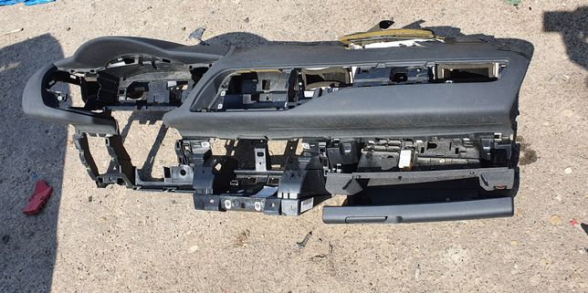 Панель торпеда Citroen C5