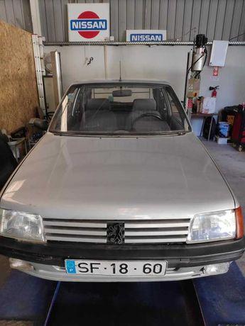 Peugeot 205 1.8 XAD