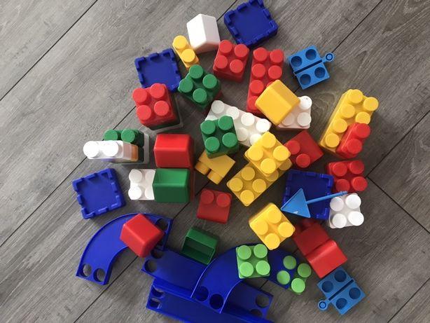 Детские игрушки /конструктор для игр