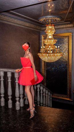 Платье HM&Giambattista Valli ярко-розовое в идеальном состоянии