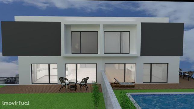 Moradia T3 em fase de construção, Funchalinho