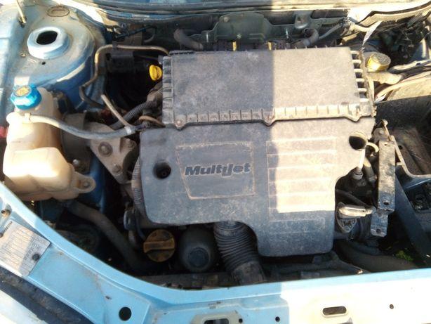 Fiat punto multijet 1.3  /so pecas