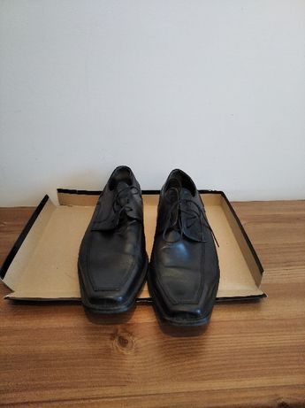Buty męskie do garnituru czarne rozmiar 45 używane