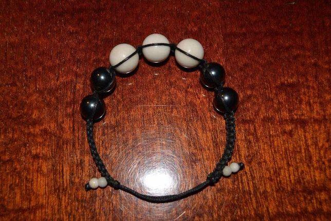 браслет на руку шамбала, с натуральным камнем гематитом